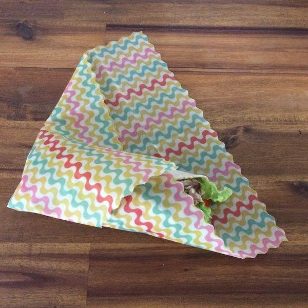 Single Medium Oeko-Tex Confidence in Textiles Beeswax Wraps